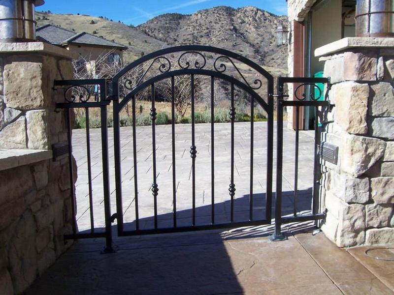 walkway-gates10